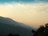 Arnavutluk'un yolları taşlı